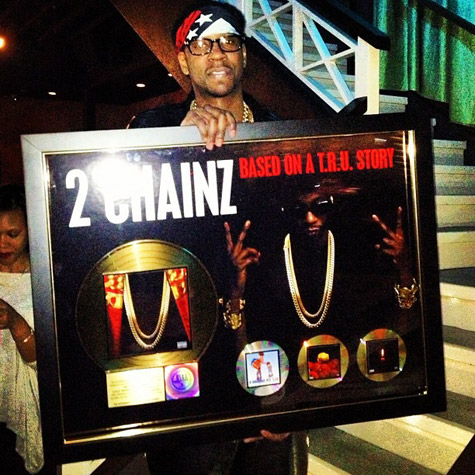 2-chainz-goes-gold-1