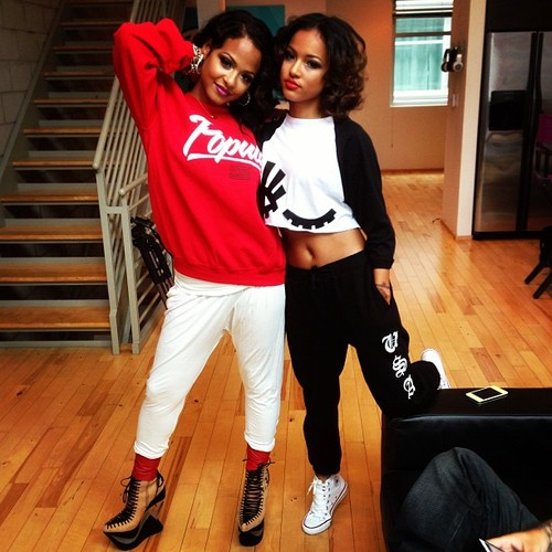 1-Karrueche-Trans-iBe-Youi-Shoot-Syd-Mallory-Blinking-Eye-Black-and-White-Raglan-Top
