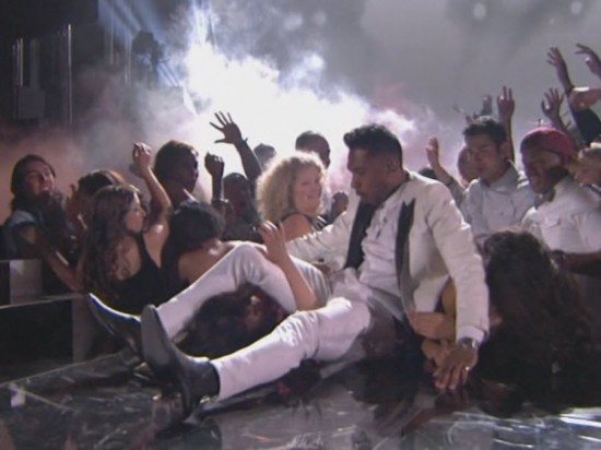 Miguel-fan-Billboard-Music-Awards