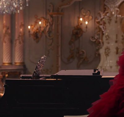 VIDEO: ARIANA GRANDE & JOHN LEGEND – 'BEAUTY AND THE BEAST'